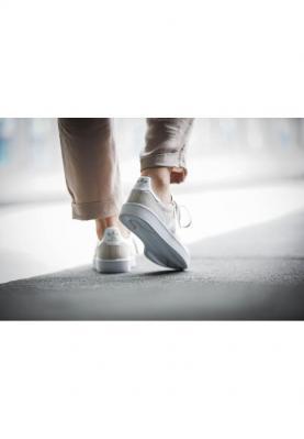 BY9846_ADIDAS_CAMPUS__női_sportcipő__elölről