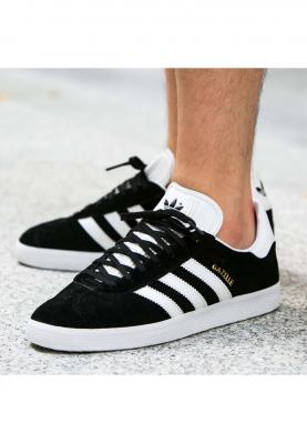 BB5476_ADIDAS_GAZELLE_férfi_sportcipő__elölről