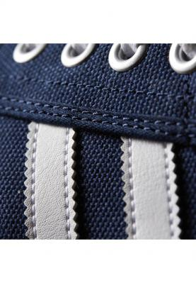 D69234_ADIDAS_KIEL_férfi_sportcipő__hátulról