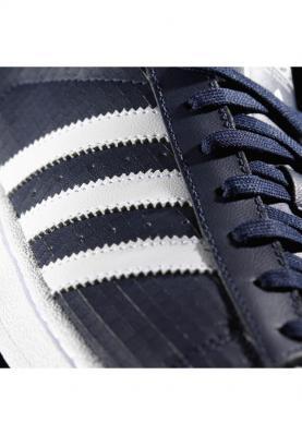 B72587_ADIDAS_SUPERSTAR_férfi_sportcipő__felülről