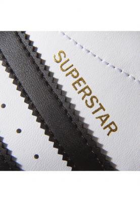 C77154_ADIDAS_SUPERSTAR_női_sportcipő__elölről