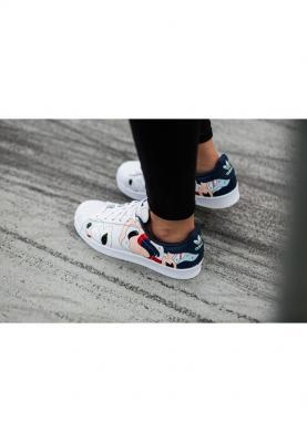 S80289_ADIDAS_SUPERSTAR_női_sportcipő__felülről