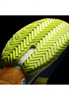 AQ2294_ADIDAS_TENNIS_ENERGY_BOOST_férfi_teniszcipő__hátulról