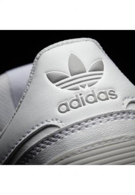G62110_ADIDAS_ZX_700_unisex_sportcipő__hátulról