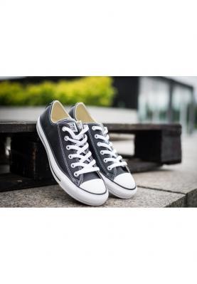 132174C_CHUCK_TAYLOR_ALL_STAR_unisex_utcai_cipő__hátulról