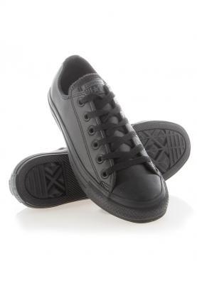 135253C_CHUCK_TAYLOR_ALL_STAR_unisex_utcai_cipő__felülről