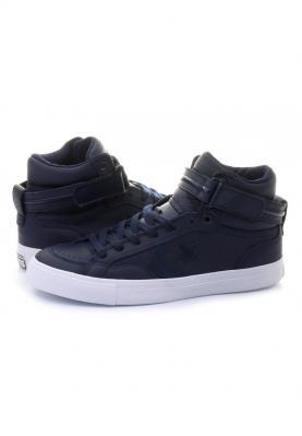 153945C_PRO_BLAZE_PLUS_LEATHER_férfi_utcai_cipő__hátulról