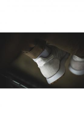 CG5672_ADIDAS_FOREST_GROVE_női/férfi_sportcipő__elölről