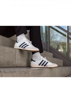 BD7683_ADIDAS_JEANS_férfi_sportcipő__felülről