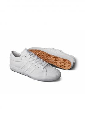 F37382_ADIDAS_MATCHCOURT_férfi_sportcipő__felülről