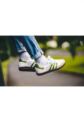 EE7055_ADIDAS_SAMBA_férfi_sportcipő__elölről