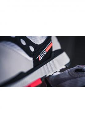 S70437-11_SAUCONY_AZURA_férfi_sportcipő__hátulról